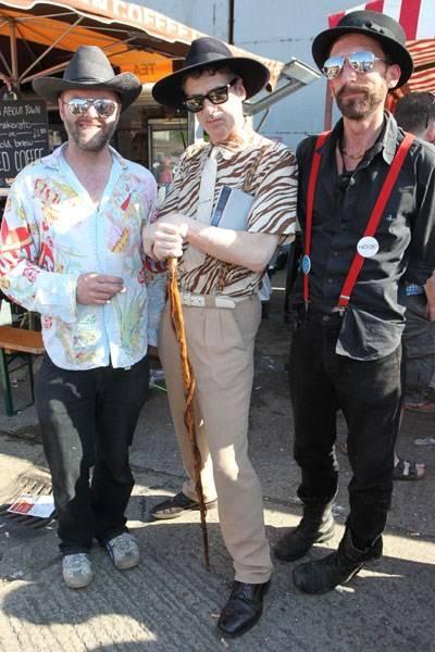 Gavin Turk, Gaz Mayall and friend