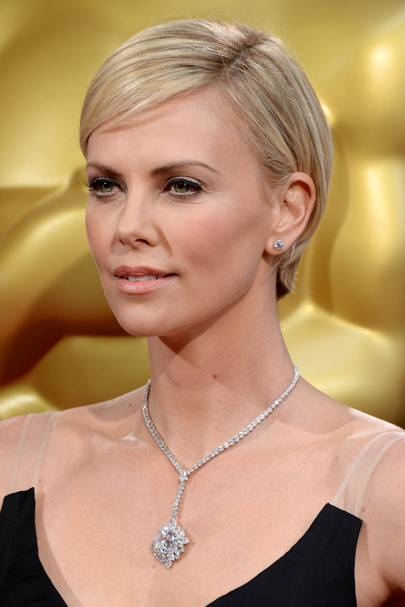 2014 - Charlize Theron at the Oscars
