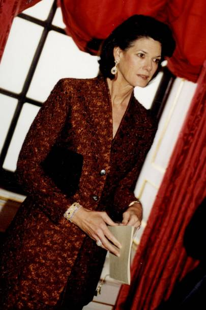 Mrs Urs Schwarzenbach