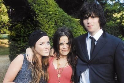 Eliza Halling, Nina Shenkman and Ed Hodgson