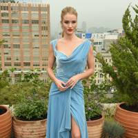 Rosie Huntington-Whitely at the Oscar de la Renta show