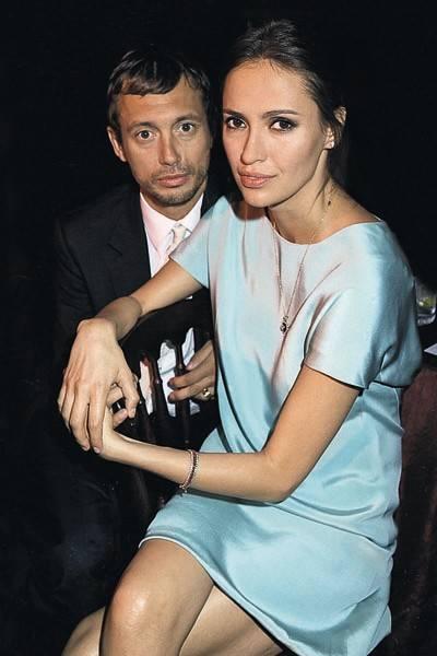 Viscount Macmillan and Sasha Volkova