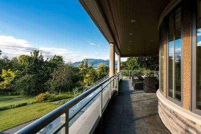 5791 Newton Wynd, Vancouver