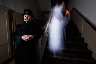 A ghost tour at Hampton Court Palace