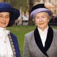 Mrs Simon Burne and the Duchess of Devonshire