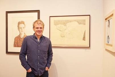 Mark Haddon with his portrait of his father Peter Haddon