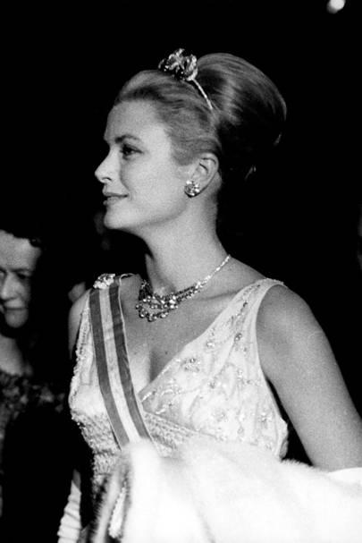 The Bains de Mer Tiara and the Cartier Diamond Necklace
