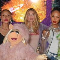Adwoa Aboah, Miss Piggy, Doutzen Kroes, Joan Smalls and Kermit the Frog