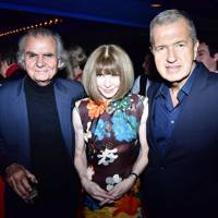 Patrick Demarchelier, Anna Wintour and Mario Testino
