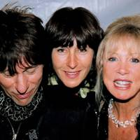 Jeff Beck, Mrs Edward Hutley and Mrs Patti Clapton