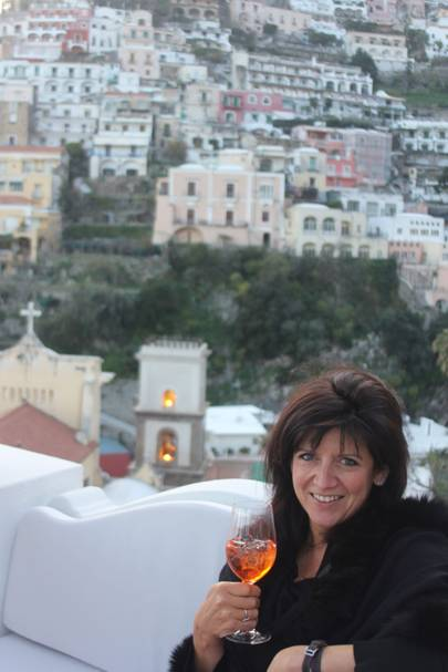Emma with an aperol spritz