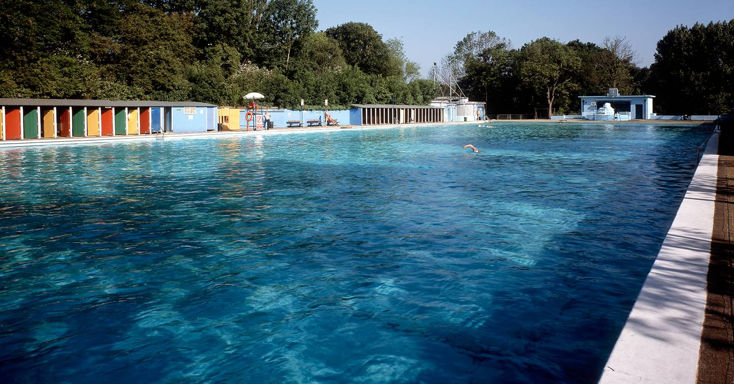 Outdoor Swimming Pools And Lidos In London With Brockwell Lido Tooting Bec Lido Tatler