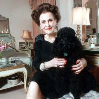 At her Grovenor House apartment with Louis in 1989