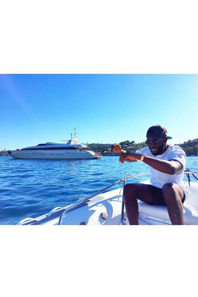 Severe sea sickness for Tinie Tempah (2015)